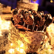 dessert-table-cheesecake-pops3
